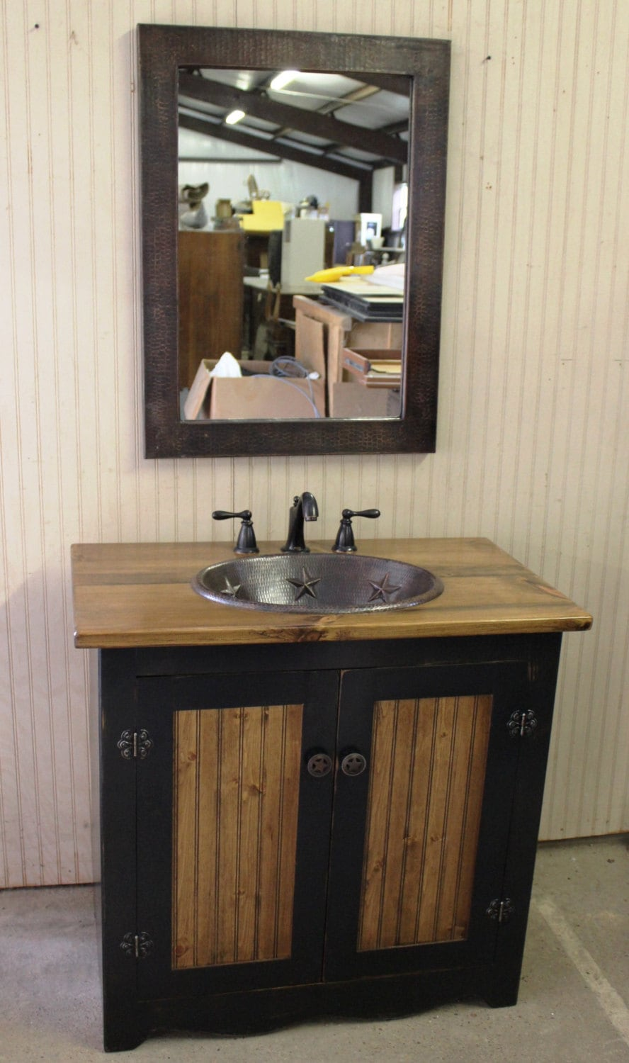 Black Rustic Bathroom Vanity: Rustic Farmhouse Bathroom