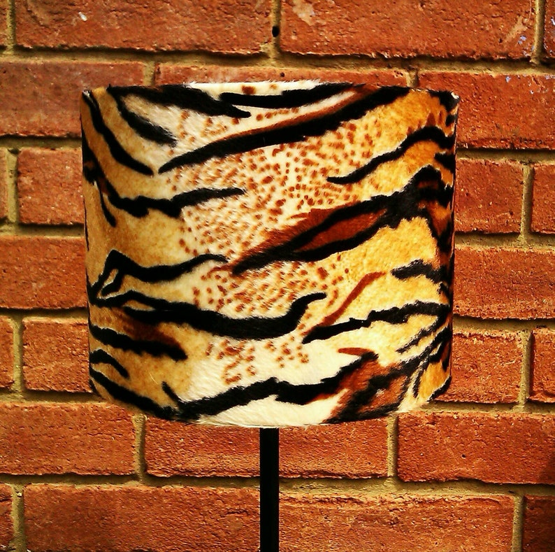 20 X 15cm Tan Tiger Animal Print Faux Fur Drum lampshade & image 0