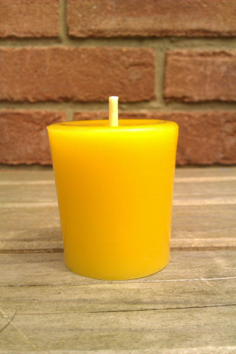 1 100% Pure Unscented English Beeswax Votive Candle 3.5 x image 0