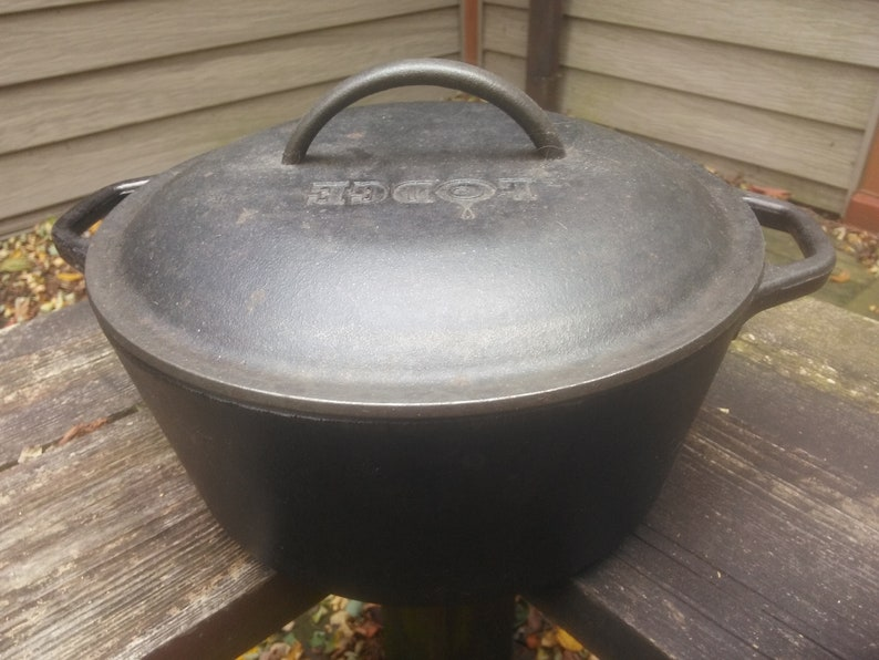 Vintage Cast Iron Dutch Oven With Lid Cast Iron Cookware Etsy