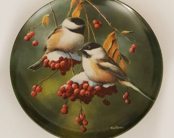 1986 The Chickadee Edwin Knowles Vintage Collectible Decorative Plate