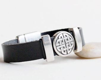 Celtic men leather bracelet, Celtic jewelry for men, bracelet for men or women, Celtic gift idea, Celtic love knot bracelet, Irish jewelry