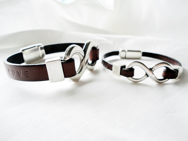 65633cec750e Couple Personalized 2x Matching Bracelet Set infinity