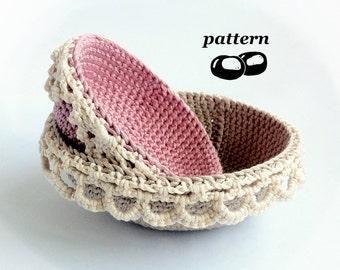 Nesting Crochet Bowls Pattern / Stacking Bowl Pattern / Crochet Lace Edged Bowls