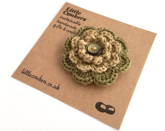 Green and Gold Brooch Eco-friendly Organic Wool Handmade Flower Brooch Small Brooch Button / Recycled Small Gift Mothers Day Gift