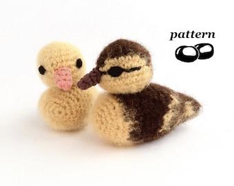 Duckling Crochet Pattern / Crochet Duckling Pattern / Chick / Baby Bird / Crochet Decoration / Easter Crochet Pattern