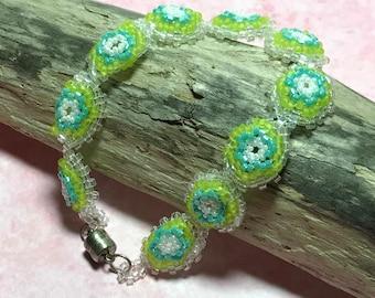 Green Circle Bead Woven Bracelet