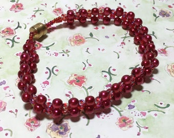 Red Bead Woven Holiday Bracelet