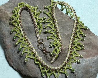 Green Lace Collar Beadwork Necklace