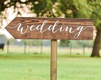Wedding Arrow Signs, Directional Arrow Sign, Wedding Yard Sign, Wooden Wedding Signs, Wedding Directional Signs, calligraphy wedding Sign