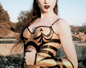 Sample corset - overbust: Hipolita gold black pleather super hero fantasy armor -Size Spanish 36 - goth rock black cupped corset