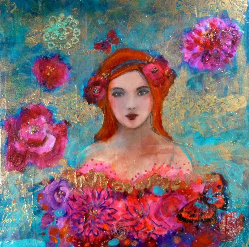Portrait de femme rousse aux fleurs roses romantique et   Etsy