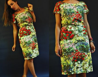 vintage 1950s / 60s Field of Flowers Floral Print Sheath Dress