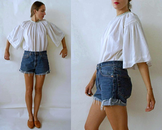 vintage 1960s Romanian Bell Sleeve Folk Blouse wit