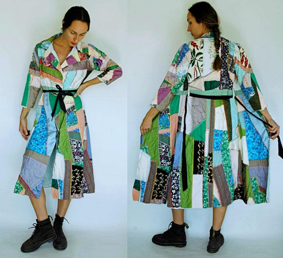 vintage 1940s Patchwork Crazy Quilt Coat / Robe