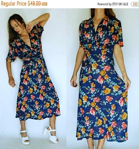 80s Dresses | Casual to Party Dresses Shop Is Away Vintage 1980S Rose Print 1940S Syle Bias Cut Dress $25.00 AT vintagedancer.com