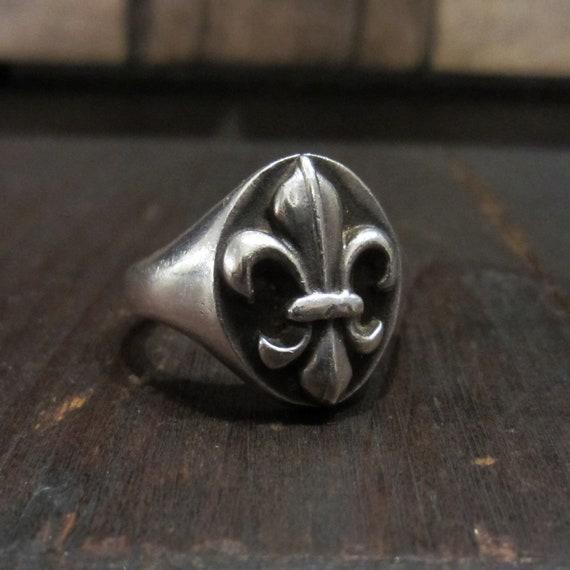 Vintage Signet Ring, French Fleur de Lis Signet Ri