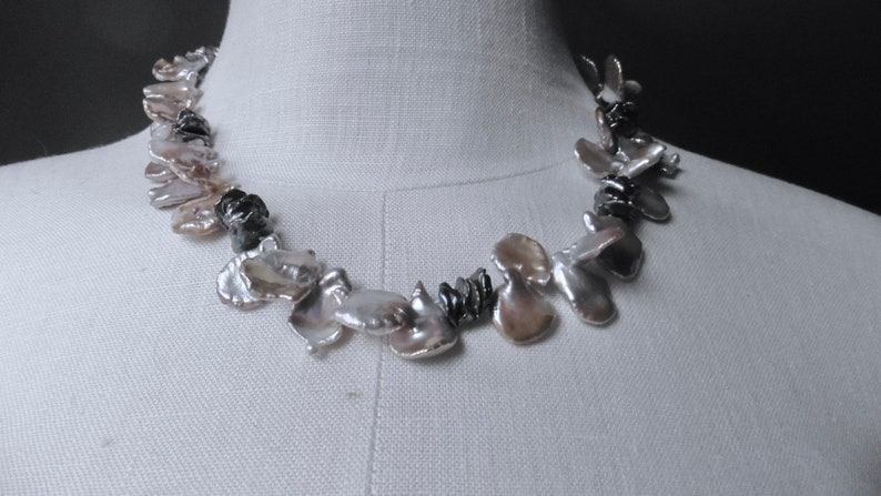 Keshi pearls like rose petals an exciting pearl necklace with image 0