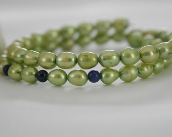 Pearl bracelet green Real beads memory wire wire