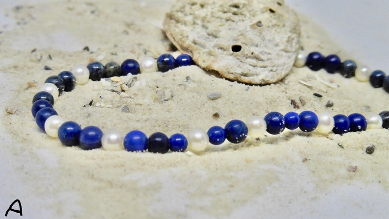 Elastic bracelet with real beads and lapis lazuli image 0