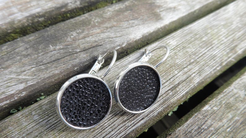 Festive earrings 14 mm made of real stingray leather image 0