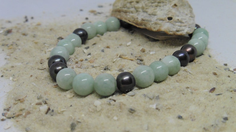 Bracelet elastic green/grey with real beads and jade image 0