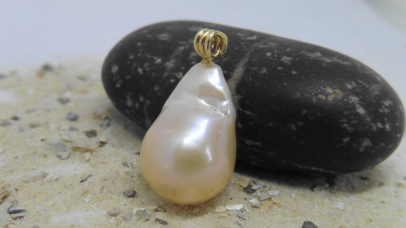 Pendant Edison Ming Pearl 13.6 x 20.6mm as a gift for women image 0