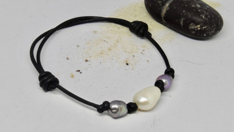 Leather bracelet with 3 large beads in surfer style image 0