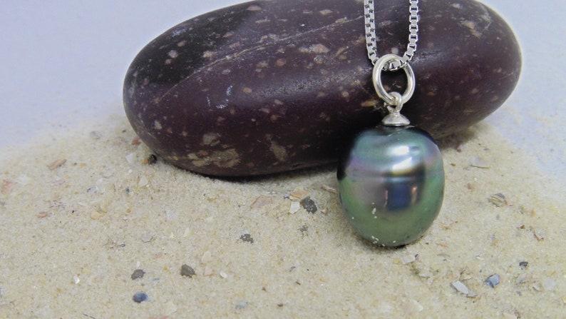 Tahiti pearl pendant elegant chain pendant natural color image 0