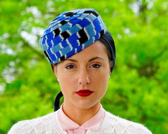 417d3b796f304 Vintage Pillbox Hat with Attached Scarf