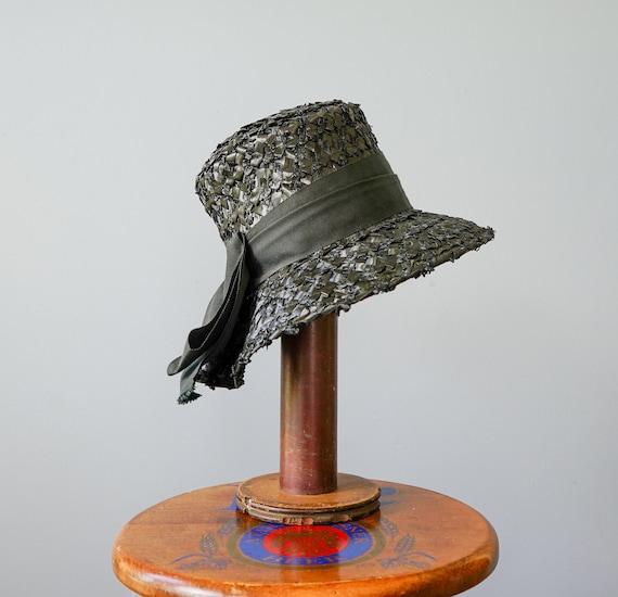 Vintage Straw Bucket Hat, Cloche Hat, 1950s-60s H… - image 9