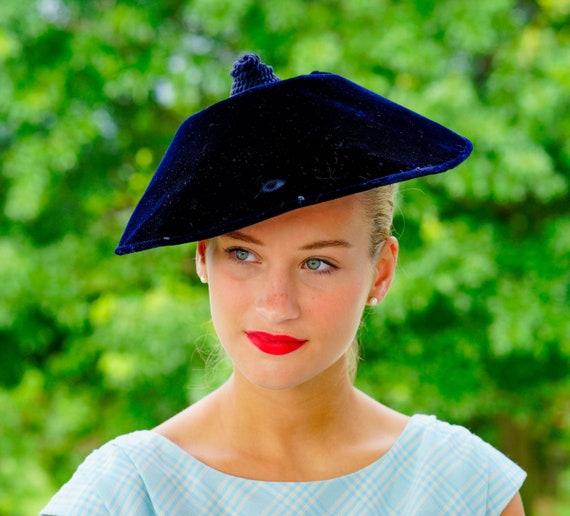 Vintage Saucer Coolie Hat, Vintage Platter Hat, Do