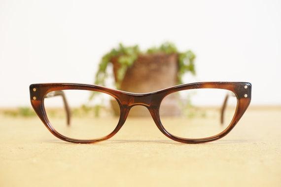 Vintage Eyeglasses 1960s cateye glasses/Frames /Ey