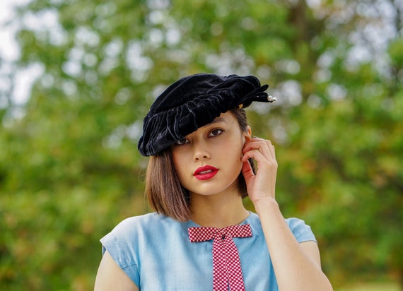 Vintage Velvet Cartwheel Hat, Tilt Hat, Saucer Hat