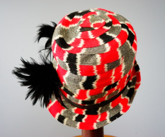 Vintage Felt Fedora Hat with Feather, 1960s-1970s… - image 8