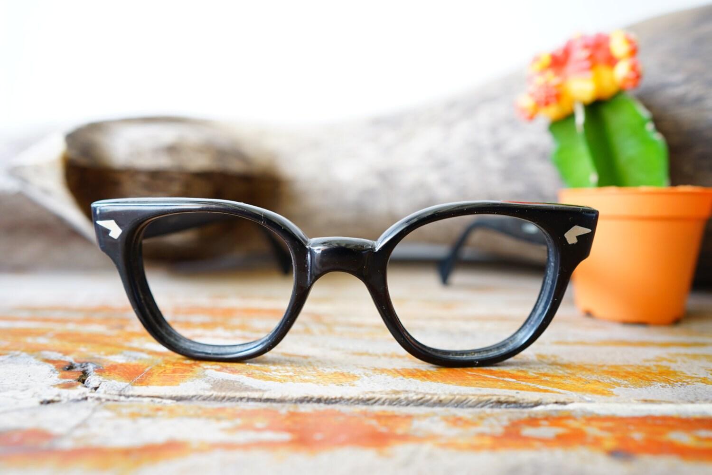 Jahrgang Brillen 1950er Jahre Rahmen / hergestellt In Italien