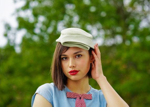 Vintage Green Wool Felt Half Hat, Vintage Hat, 194