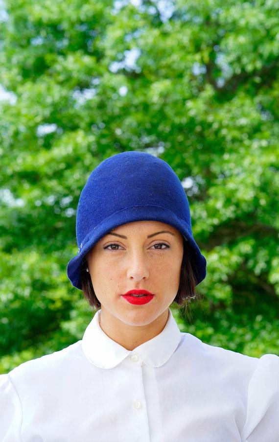 Vintage 1920s felt Cloche Hat, Vintage Cloche, 192