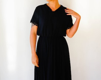 Free Shipping! Vintage Black Dress/ 1980s Dress/ Vintage Japanese Dress/ Womens Dress/ Retro Dress/ Little Black Dress/ Lace Dress