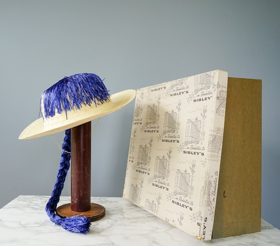 Vintage Straw Boater Pigtail Hat with Hat Box, No… - image 5