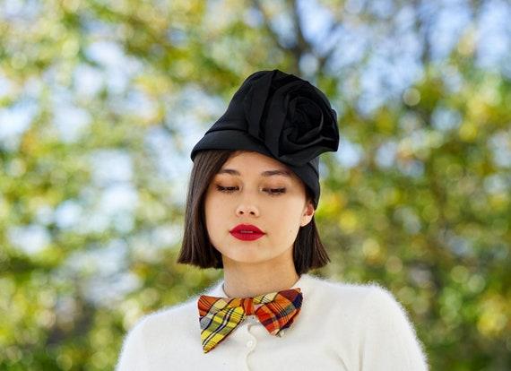 Vintage Floral Cloche Hat, Bucket Hat, 1950s-60s H