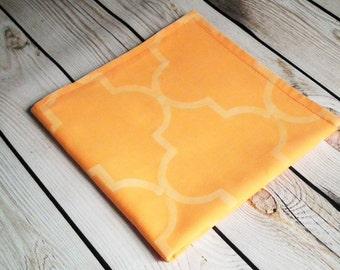40 x 40cm 16 x 16 inches tan moroccan style fabric serviette Camel colored quatrefoil cloth napkin