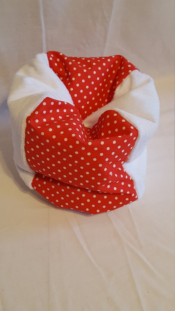 Super Minnie Mouse Bean Bag Chair Red And White Dot With White Minky Panels Creativecarmelina Interior Chair Design Creativecarmelinacom
