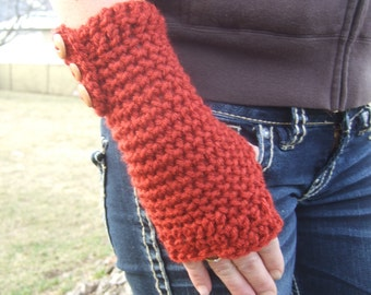 RAD Red Fingerless gloves with buttons