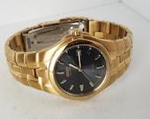 Elegant Citizen Eco-Drive Gold Watch Model E111-K005817
