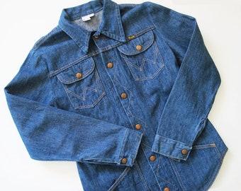 f977dfa88f2 Vintage Wrangler Denim Shirt - 70s Wrangler Jean Shirt - Wrangler Cowboy  Western Denim Shirt - Denim Snap Long Sleeve Shirt S M