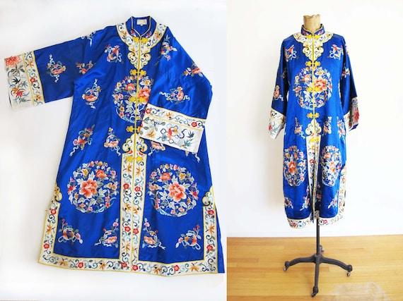 Vintage 30s 40s Chinese Silk Robe - Vintage Blue C