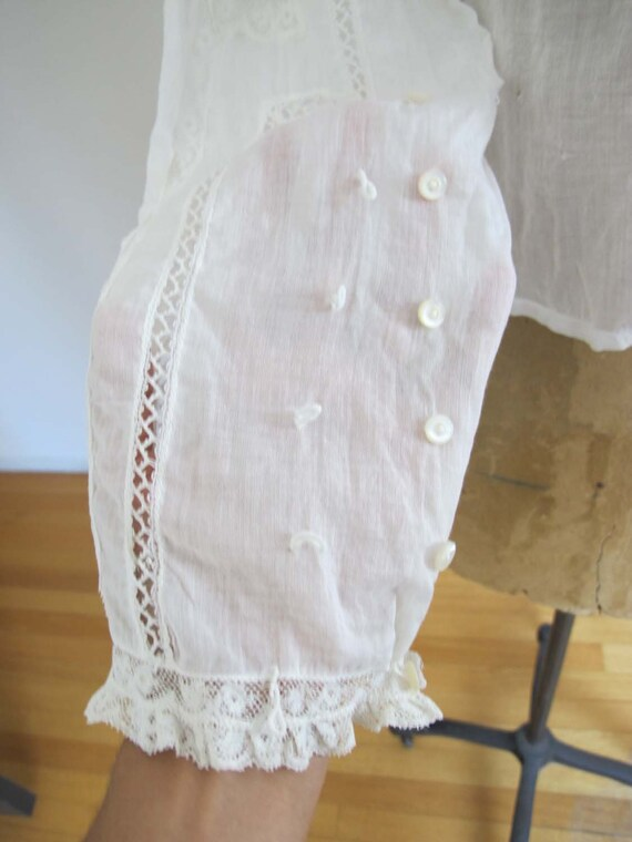 Vintage Edwardian Antique Lace Blouse XS S - Intr… - image 7