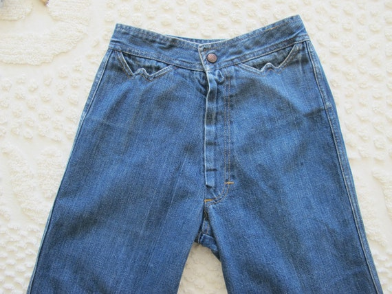 Vintage 70s High Waisted Jeans XS 24 waist - Wide… - image 2