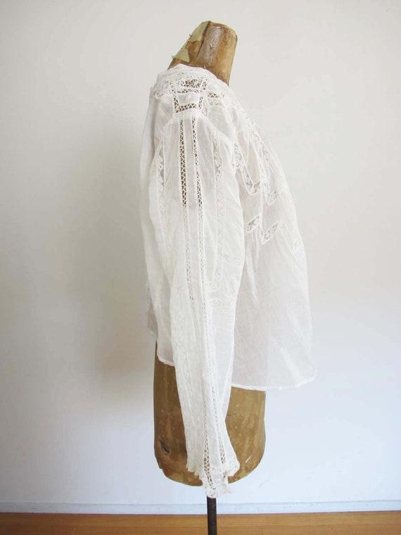 Vintage Edwardian Antique Lace Blouse XS S - Intr… - image 4